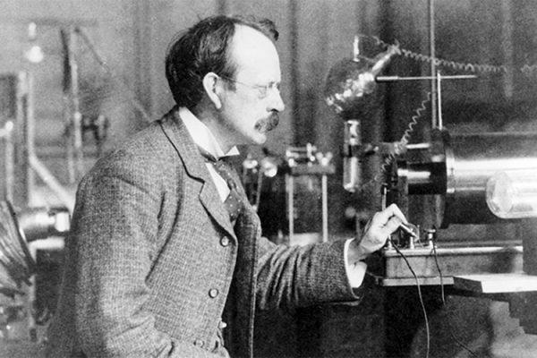 Modelo atómico de Thomson: explicación y postulados