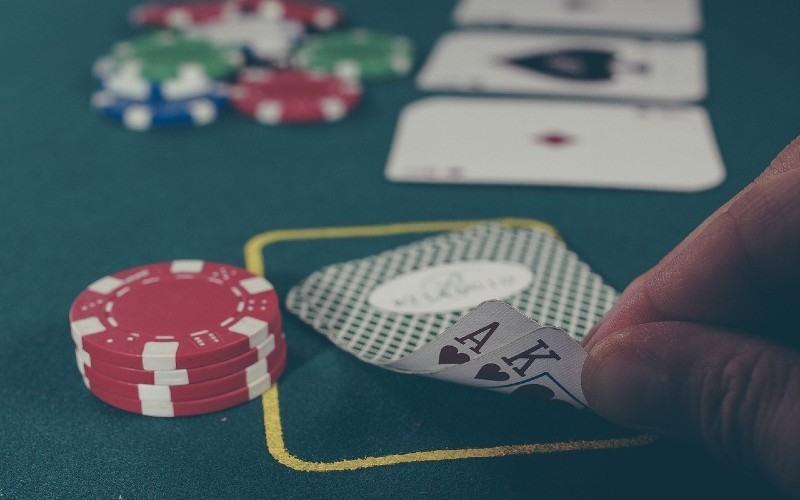 El póker se viraliza con el impulso de la tecnología digital